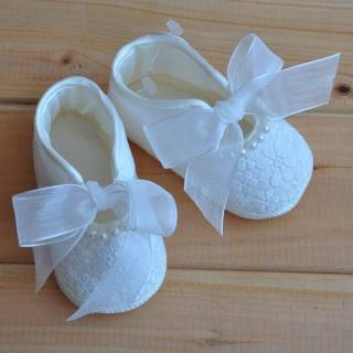 Calzado - Zapatos en Tela con Perlas